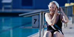Senior lady swimming live on